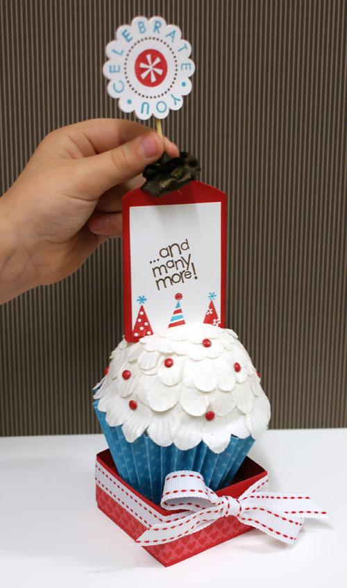 cupcake-card-baileys-hand-tag-out.jpg